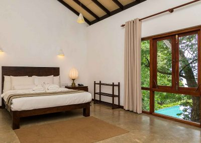 Roman-Lake-Zimmer-Balapitiya-Sri-Lanka-Srilankareisen-8